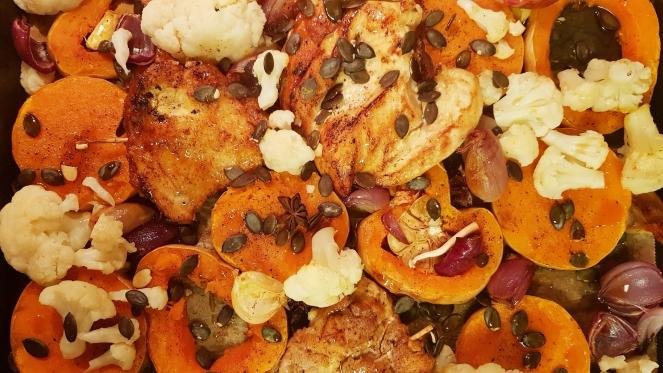 herrlich knuspriges Hühnchen mit Wintergemüse und Orangensaftreduktion.jpg