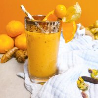 Papaya-Smoothie mit Tonkabohne